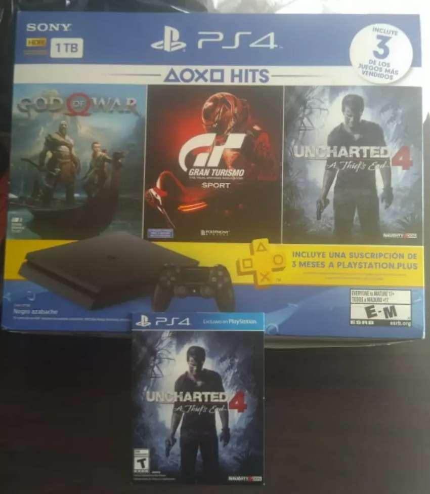 PS4 Slim 1 TB 0