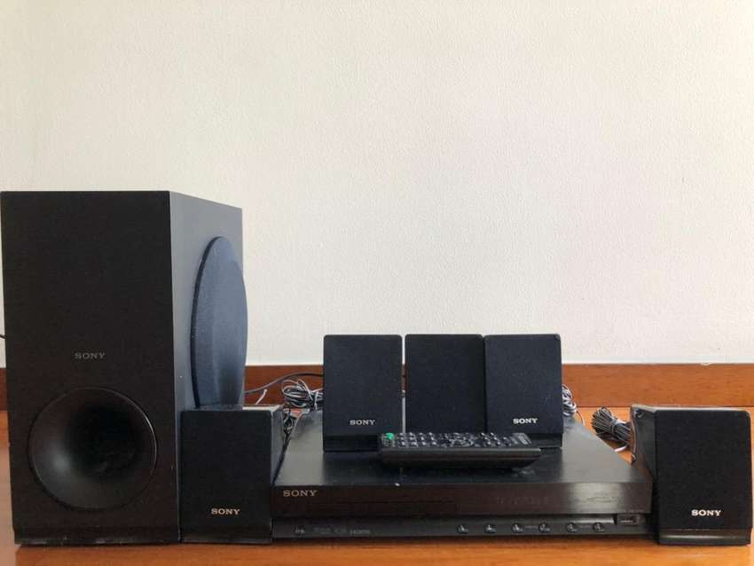 Home Theater Sony 300w 0