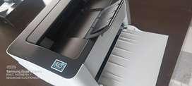En venta impresora láser wifi Samsung m2020w  buen estado $ 250.000.