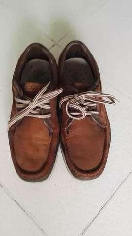 "Zapatos marca ""Clarks"" original  Talla 40"