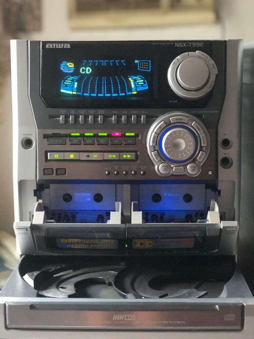 Repodructor de musica aiwa 0