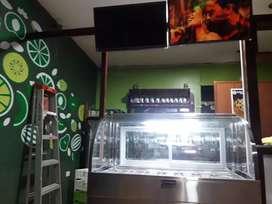 Refrigerador exhibidor de 16 servicios