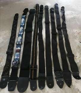 Correa strap para guitarra o bajo usadas excelente estado y diferentes estilos