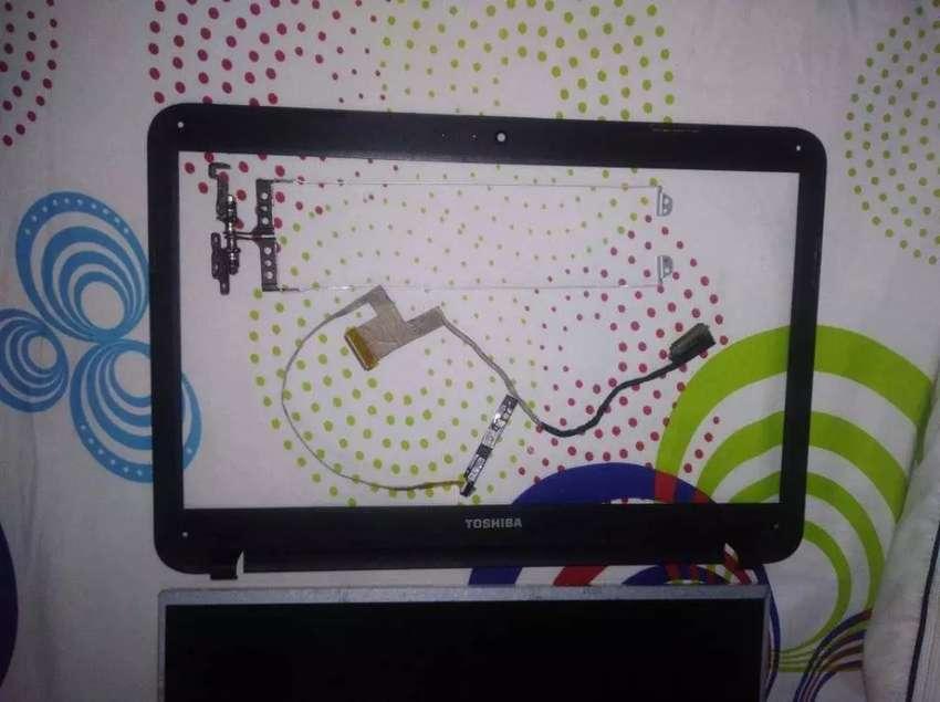 Partes de portátil Toshiba satellite c845 0