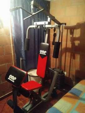 Mini gimnasio pesas discos banco y más
