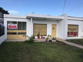 Casa 2 dormitorios - living - cocina comerdor - lavadero - garage