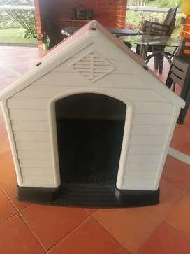 Casa para perro en perfecto estado!!