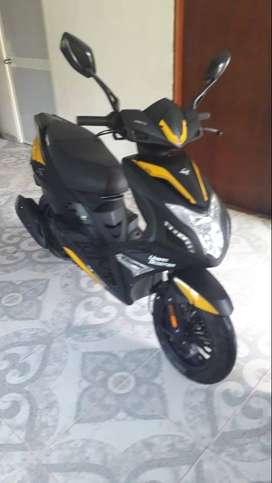 Vendo moto victory 125 modelo 2021 Excelente estado completa con sus documentos al dia