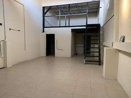 Alquilo oficina con bodega en KM 6.5 vía a Daule