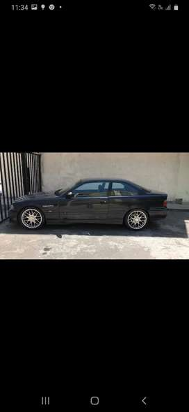 BMW Serie 318IS