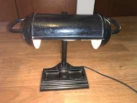 lampara de metal antigua