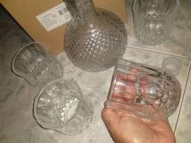 Licorera 4 vasos