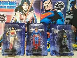 Figuras DC Comics totalmente selladas junto a sus respectivos tomos con resumen del personaje