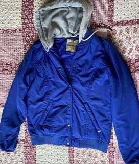 chaqueta chevignon azul rey