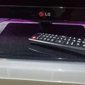Vendo tv LG + Roku para que sea smart tv