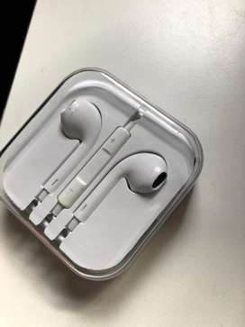 Auriculares simil IPhone SIN USO