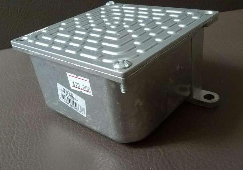 Caja Empalme para Piso en Aluminio Nueva
