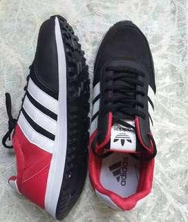 Vendo zapatillas adidad