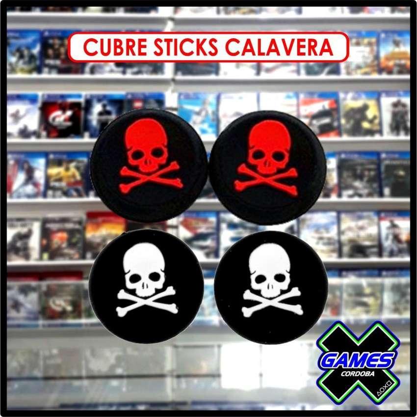 CUBRES STICK DUALSHOCK PS4 CALAVERAS 0