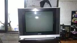 Televisor a color sencillo