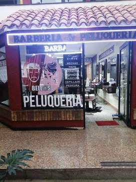 Se necesita, Peluquero, manicurista, pedicurista, barbero. con experiencia