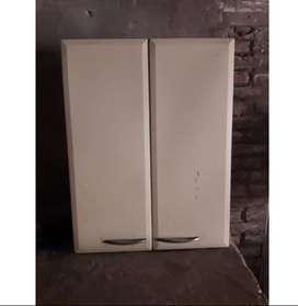Alacena 2 puertas con estante, marca Johnson Acero..