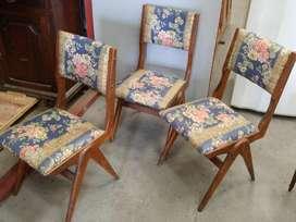 3 sillas estilo años 60