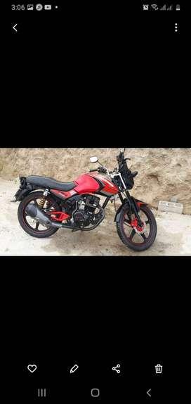 Se vende moto ranger 150