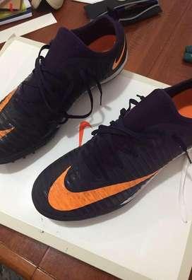 Nike Mercurial f5 talle 9.5