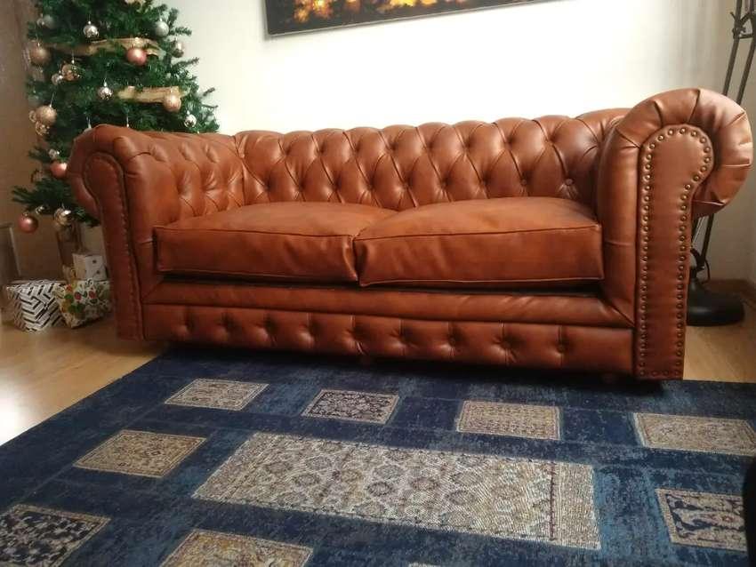 Sofa Chester , capitoneado