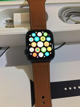 Apple watch serie 4 , 44mm version LTE