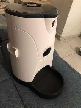 Alimentador inteligente para perro o gato