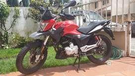 Motociclista APRILIA ETX.
