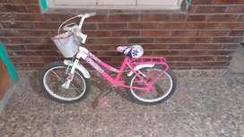 Hermosa bici de nena