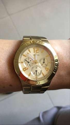 Reloj Guess U12631l1 Mujer Dorado Original Usado