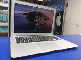 MACBOOK AIR 13¨ CI5, 8GB, SSD 256GB. macOS Catalina CON GARANTIA CON