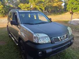 Nissan Xtrail-T30 2.5 - 4 cilindros