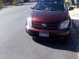 Vendo toyota scion