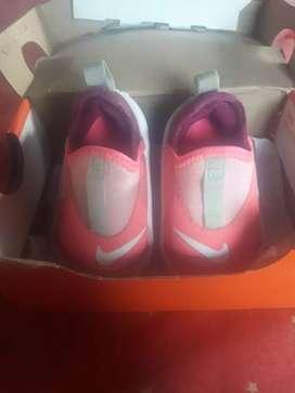 Zapatillas Nike en buen estado muy poco uso