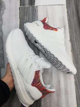 Tennis Adidas Ultraboost