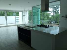 Venta Departamento Duplex con terraza en el Corazon de Cumbaya, al mejor precio