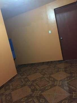 Se alquila mini departamento puerta independiente incluido agua y luz