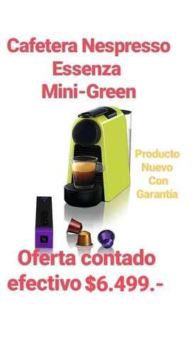 CAFETERA NESPRESSO ESSENZA MINI GREEN