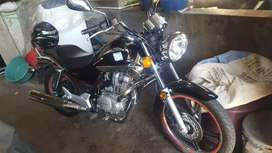 VENDO LINDA MOTO HONDA SHADOW