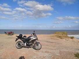 Moto honda nc750  2017