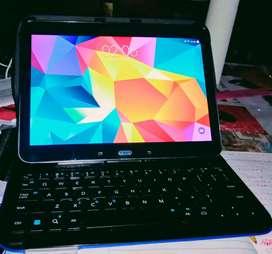 Tablet Samsung Galaxy tab4 con teclado logitech y funda