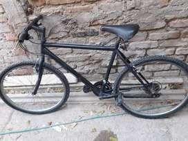 Bicicleta negra rodado 26