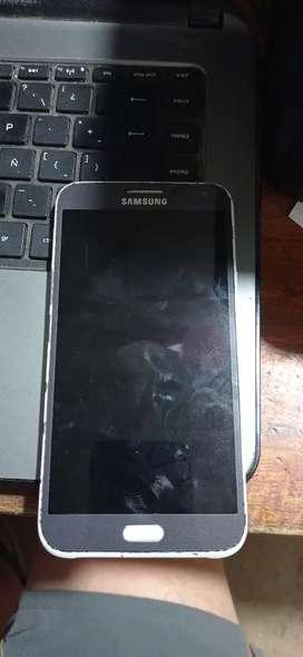 Vendo celular Samsung j5normal de 16 memoria interna y 3 de ram