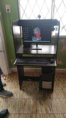 COMPUTADOR DE MESA INTEL CELERON 4 GB CON MESA
