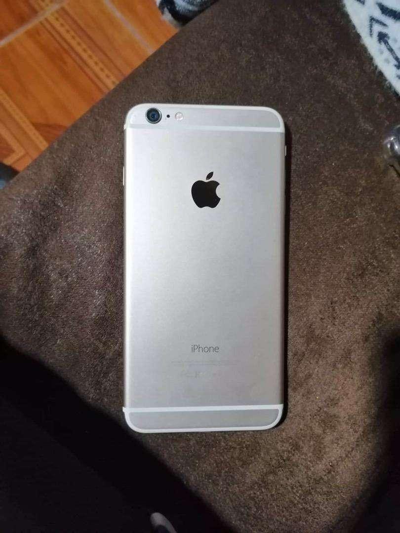 Vendo o cambio iphone 6 plus 0